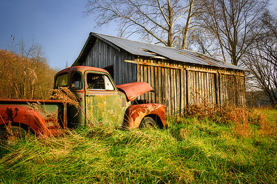 1952 Chevy 3100 and Barn