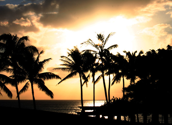 Hawaiian Sunset. Leeward Side.