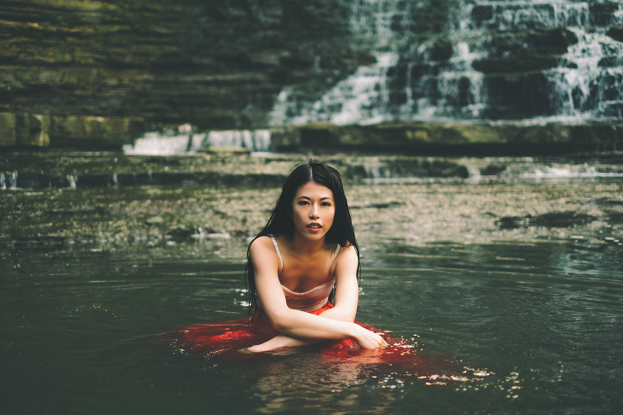 "Check out the ""#Dream (waterfall)"" gallery under ""Featured Shoots"" on the left sidebar for more from this shoot 