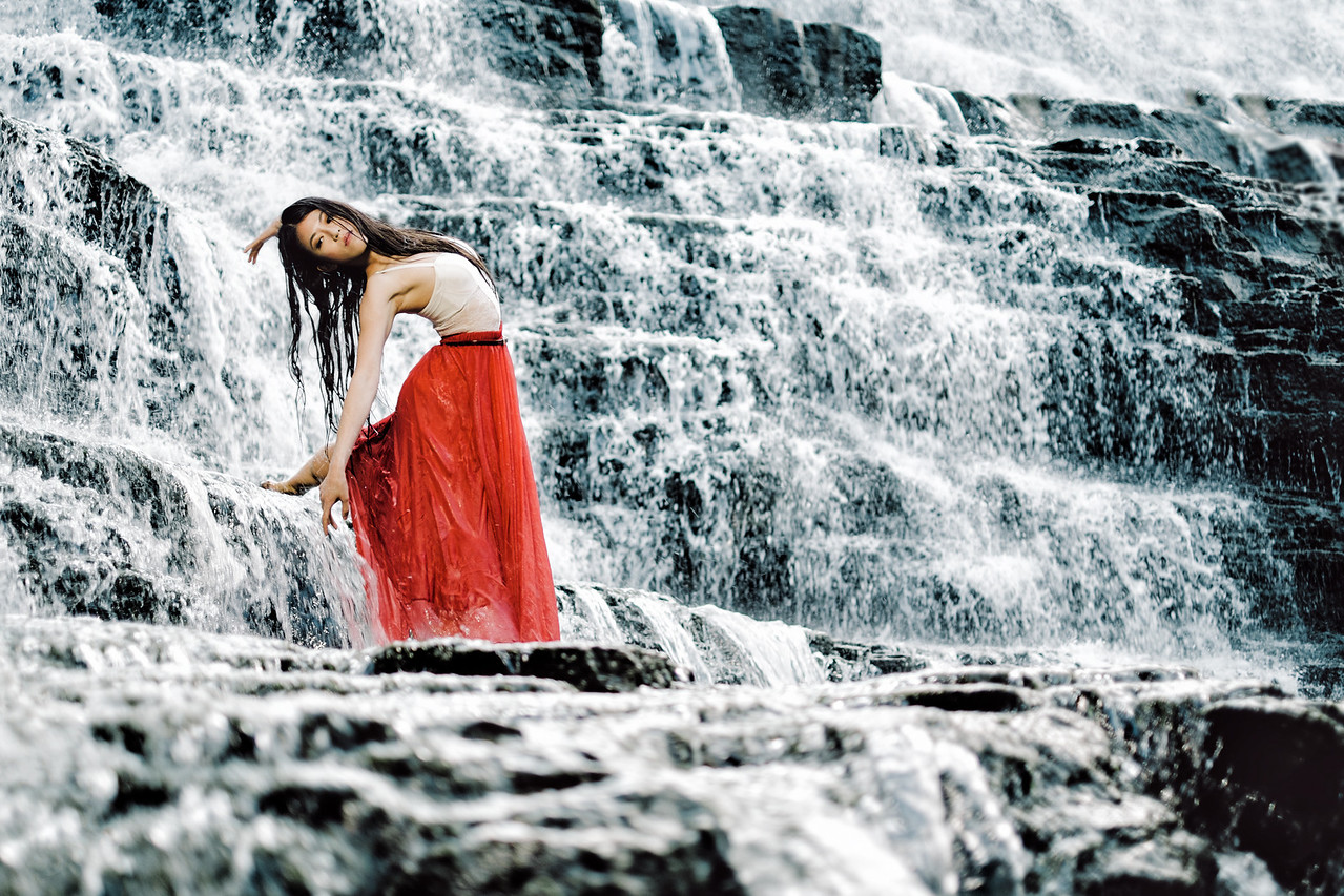 """Check out the """"#Dream (waterfall)"""" gallery under """"Featured Shoots"""" on the left sidebar for more from this shoot   Photoshoot assisted by Haley Ma."""