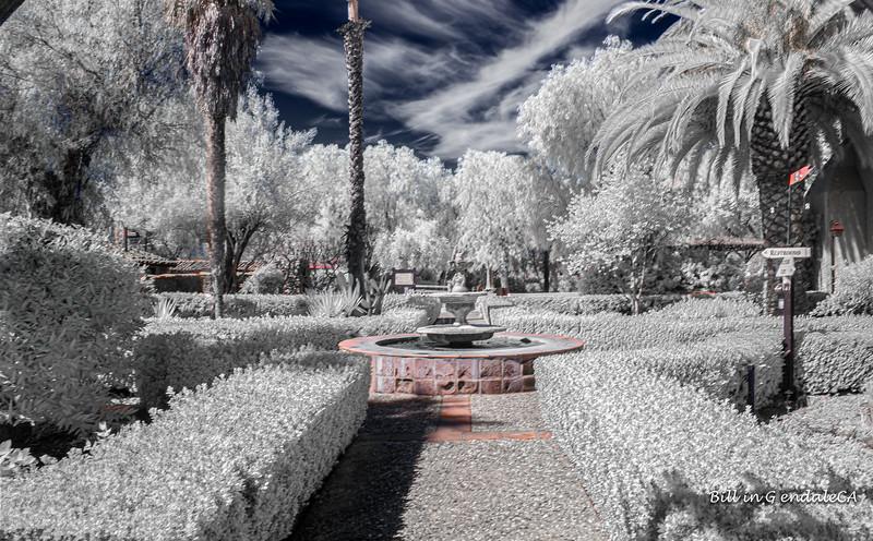 Mission courtyard(IR).