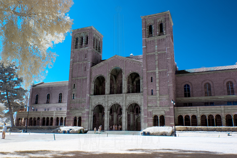 Royce Hall in infrared.