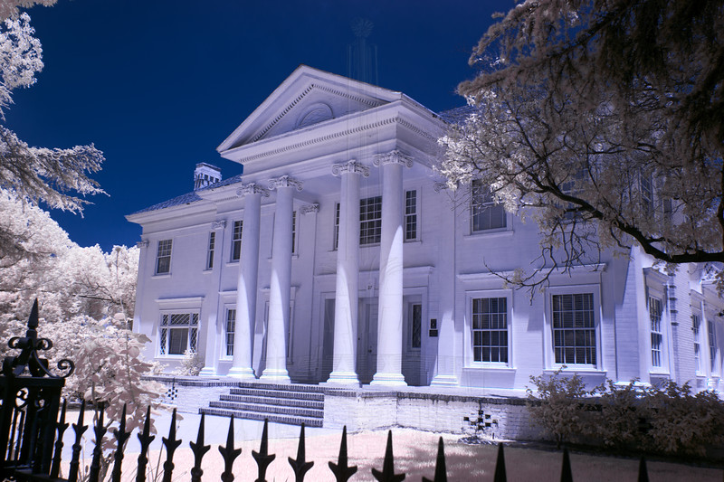 The Stearns / Dockweiler / Robinson House