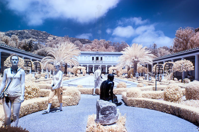 Outer peristyle in infrared.