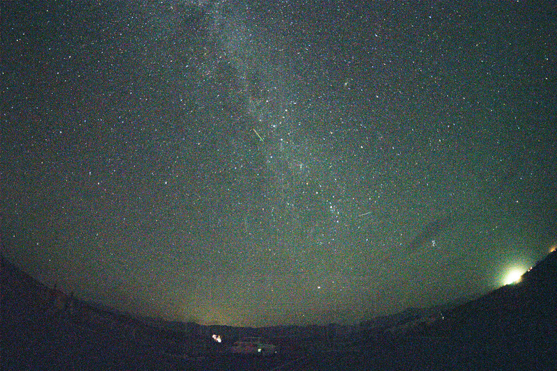 Meteors north of Amboy.