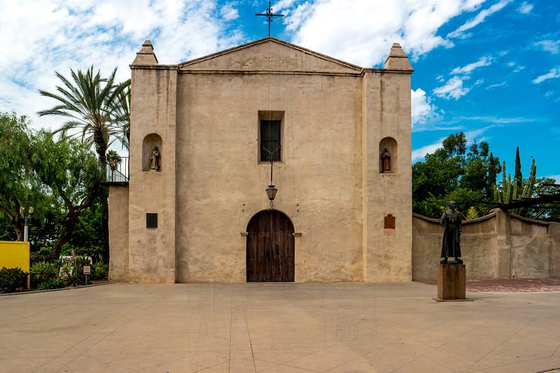 Mission San Gabriel chapel