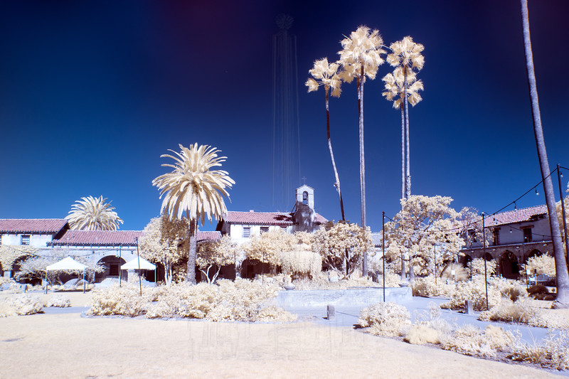 Mission Courtyard(in infrared)