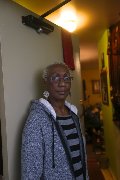 Linda Thompson, a public housing resident in Hamilton, Ohio.