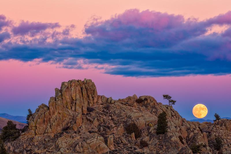"""""""The Perigree Super Moon"""" Gunnison, Colorado"""