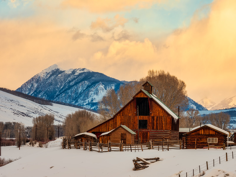"""Mt Crested Butte and Barn"""