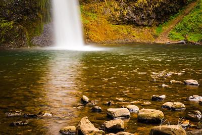 Horsetail Falls, Multnomah Highway, Oregon along Columbia River