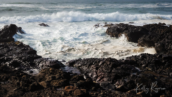 Inlet of waves, crashing into the shore. I sat here for hours, just listening, watching and soaking it all in.