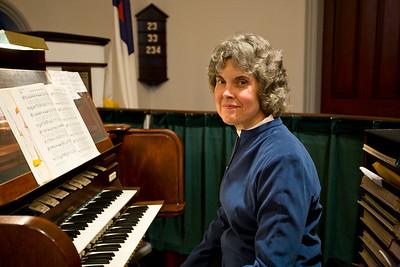 0831 The Congregational Church - Putnam 2-18-09
