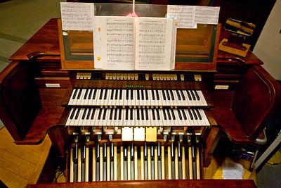 0898 The Congregational Church - Putnam 2-18-09