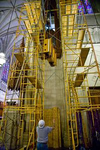044 Duke Chapel - Aeolian Installation 4-3-08