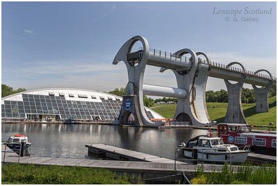 Falkirk Wheel - rotating boat lift (02)