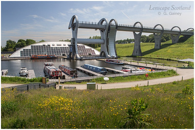 Falkirk Wheel - rotating boat lift (01)