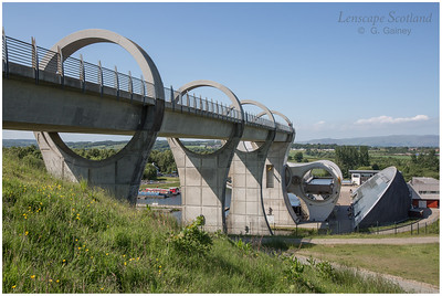 Falkirk Wheel - rotating boat lift (08)