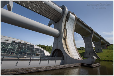 Falkirk Wheel - rotating boat lift (05)