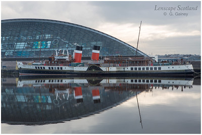 Paddle Steamer Waverley moored near Glasgow Science Centre (1)