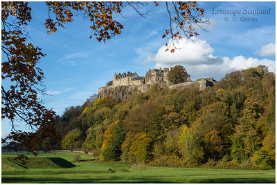 Stirling Castle from King's Knot (1)