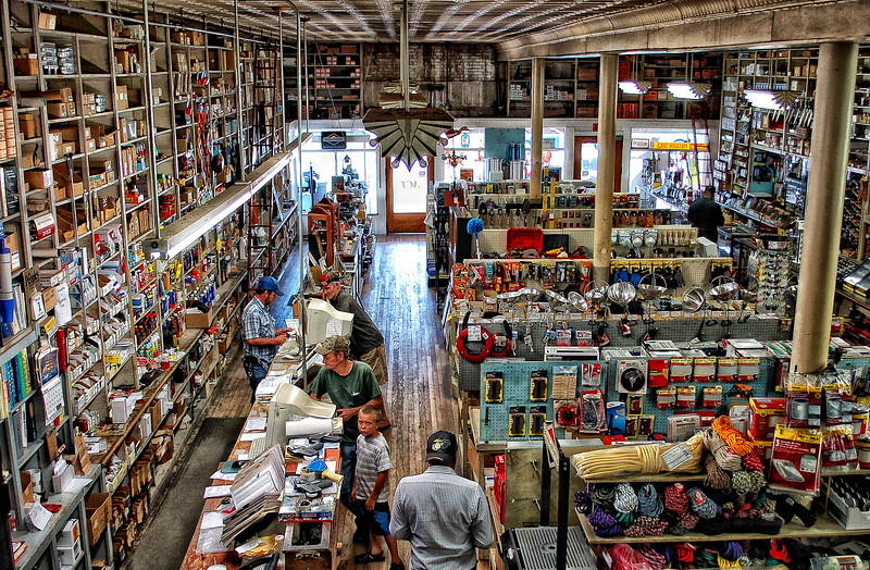 Tupelo Hardware Store - David Little