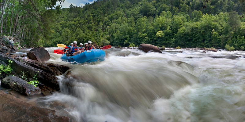 """""""Rafting The Ocoee""""<br /> 1st Place - Digital Projection<br /> Ken Gables"""