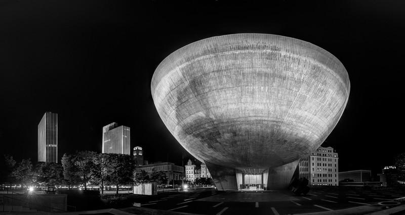 """Albany Egg""<br /> Honorable Mention - Digital Projection<br /> Steve Grunfeld"