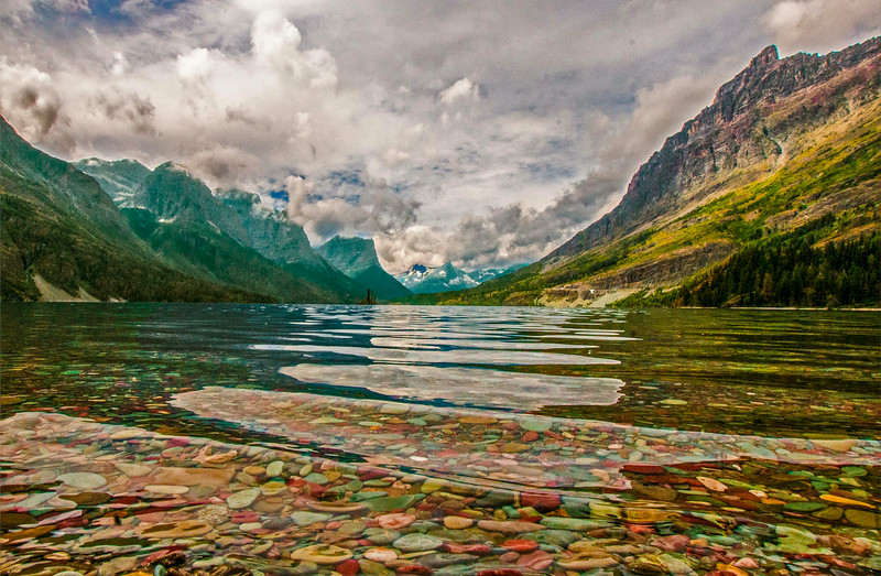 Colors In The Lake