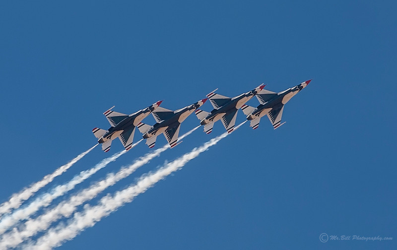 Thunderbirds - 4 in formation