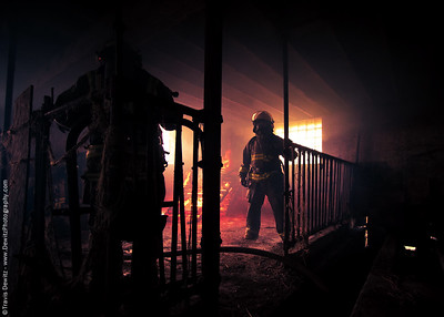 fall_creek_barn_fire_firemen