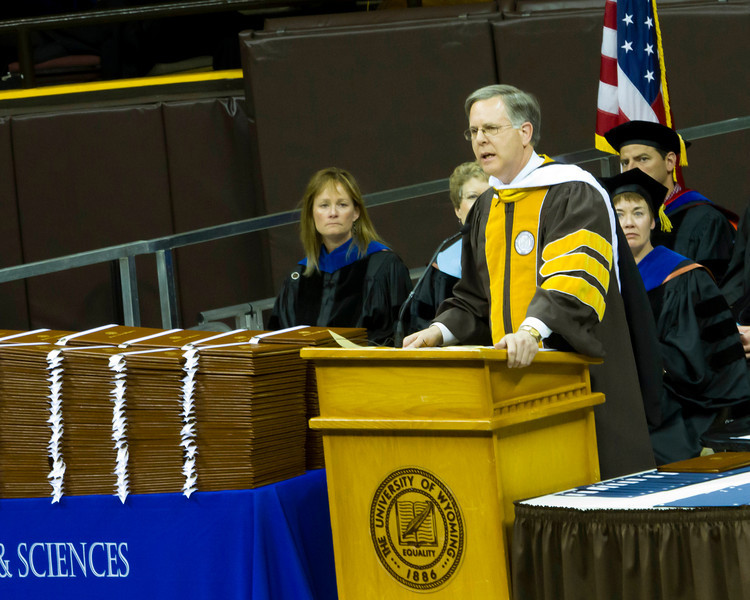 """May 7th, 2012<br /> <br /> One o the honorary degrees given out at graduation was awarded to Louis A. """"Pete"""" Williams.He is currently the chief justice corespondent for NBC news.<br /> He gave a very nice speech.<br /> <br /> Happy Monday!"""