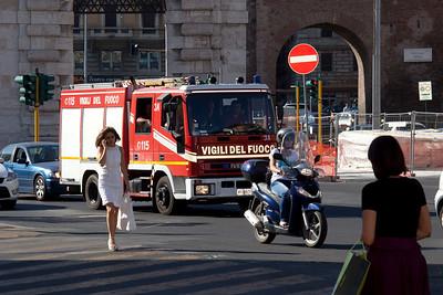 Italian fire truck-4204