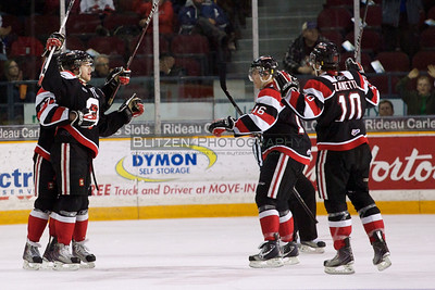 Dalton Smith's second goal gives Ottawa a 2-goal lead.