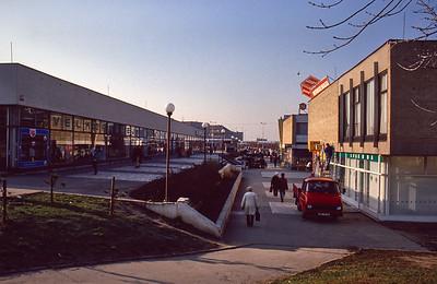 Prague Skalka, Supermarkets and Shops