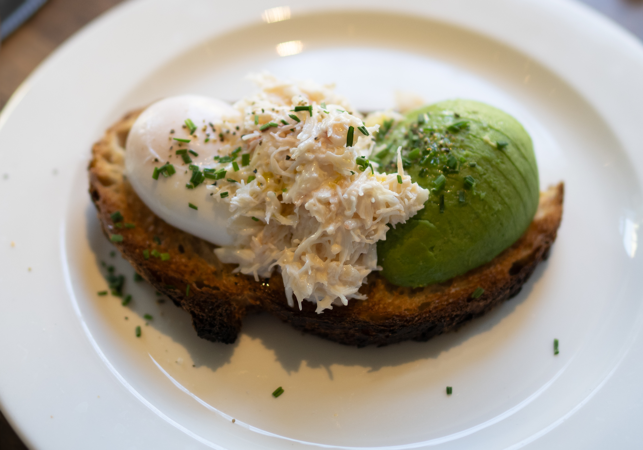 Breakfast at the Old Bank Hotel, Oxford (avocado, poached egg and crab)