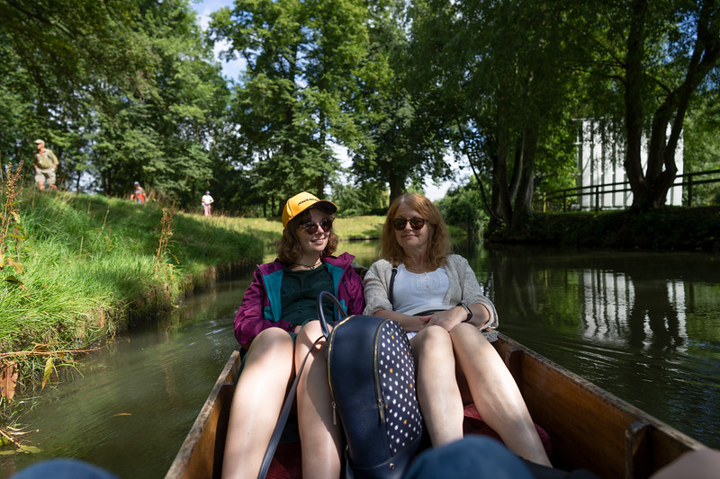 Punting on the River Cherwell, Oxford