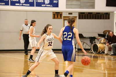 Sports_GSA_girls_bball_Emerson_defense_121919_ML