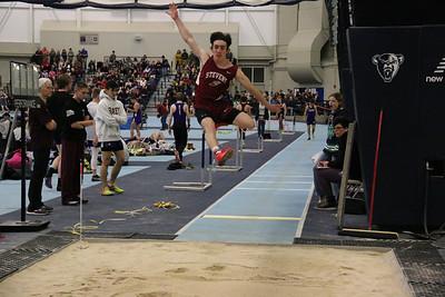Sports_GSA_indoor_track_Ian_Renwick_010220_ML
