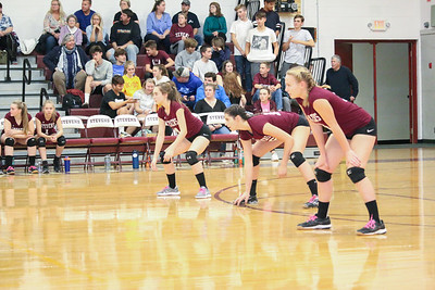 Sports_GSA_volleyball_back_line_102419_ML