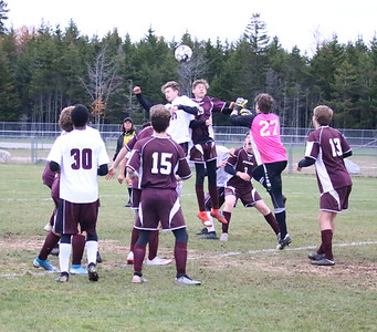 Sports_gsa_boys_soccer_qf_hit_103119_AB