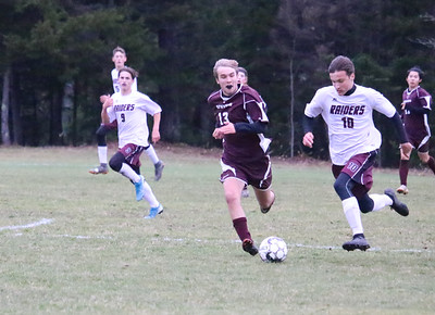 Sports_gsa_boys_soccer_qf_race_103119_AB