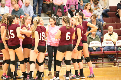 Sports_GSA_volleyball_huddle_101019_ML