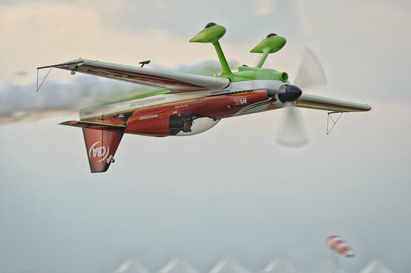 Zoltan Veres flying MXS at Skydive Dubai