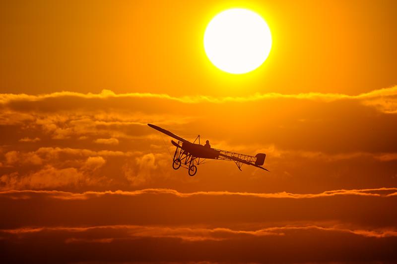 Magische Blériot XI - Thulin A sunset vlucht