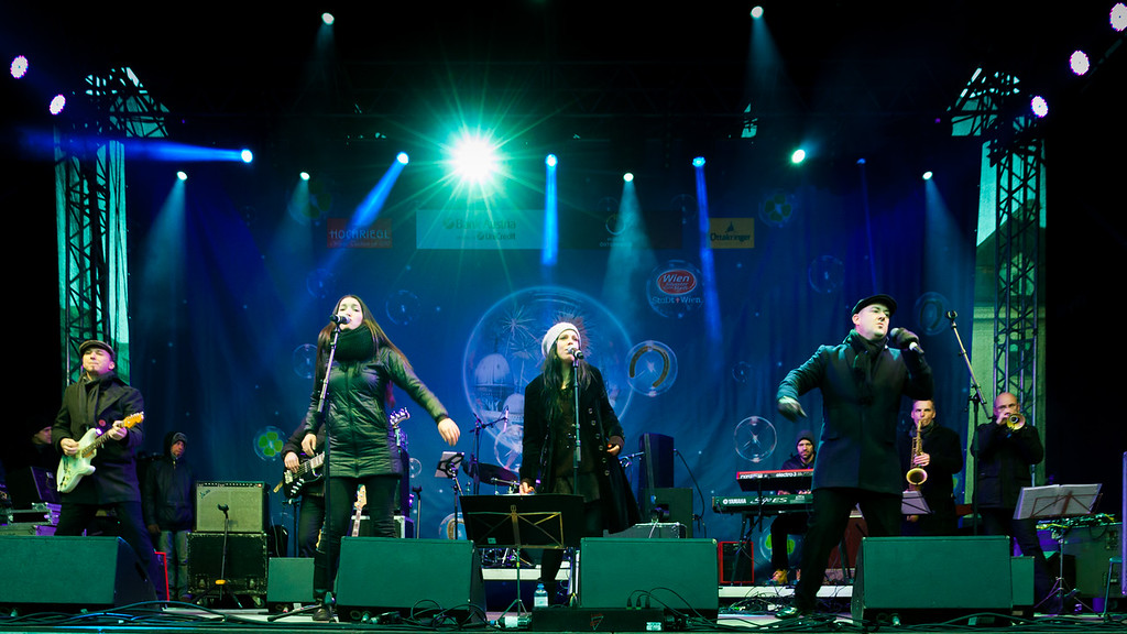 The New Commitments @ Silvesterpfad Wien 2015