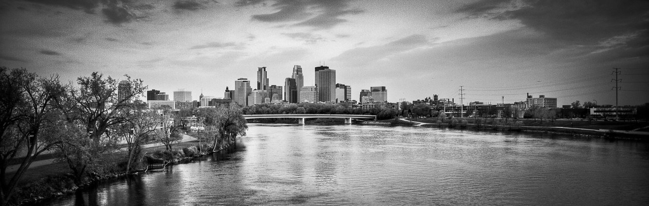 Minneapolis Skyline from Broadway St NE