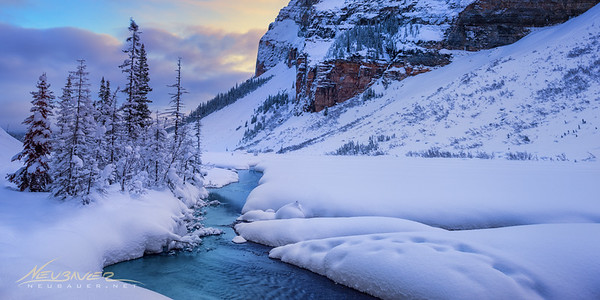 Canada in the winter. Is it cold? Yes. Does everywhere you turn look like a postcard? Yes. Is it crowded? No. <br /> <br /> I am in love with Canada in the winter. Some of the most amazing landscapes on earth can be found in the Canadian Rockies of Alberta and British Columbia. All the lakes and rivers have this surreal blue sheen that looks like it was colored by Rainbow Brite. Walking around the winter wonderland nothing looks real. It's all too perfect. Yet somehow it is real. And it is perfect.