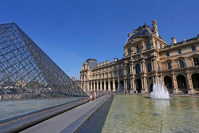 Louvre Pyramid & Louvre Museum, Paris (2)