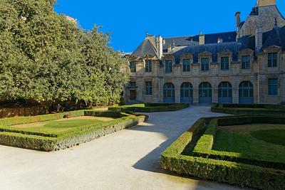 Hôtel de Sully, Marais, Paris (3)